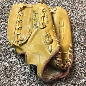 Macgregor Gus Bell Leather Baseball Glove